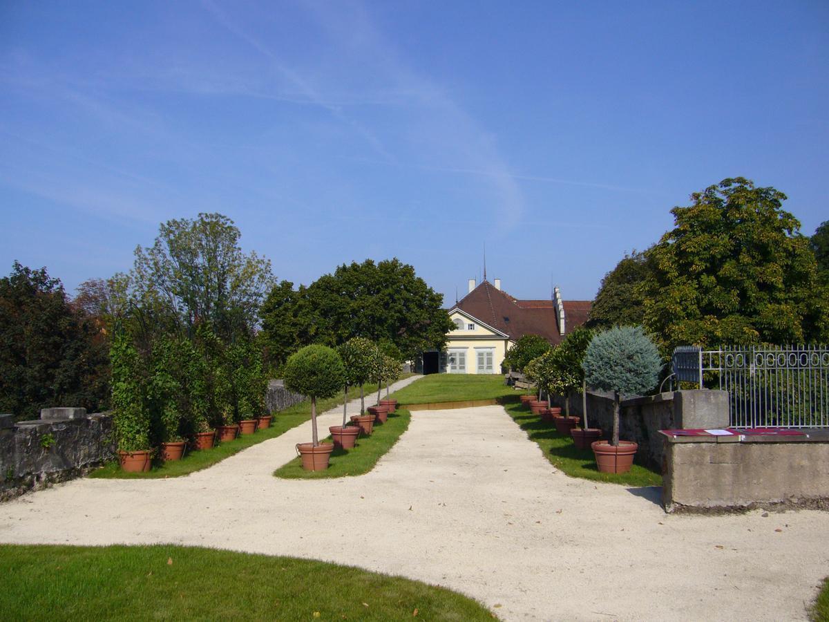 Terrassengarten in Schloss Kirchheim nach der Neugestaltung; Foto: Katrin Scholder