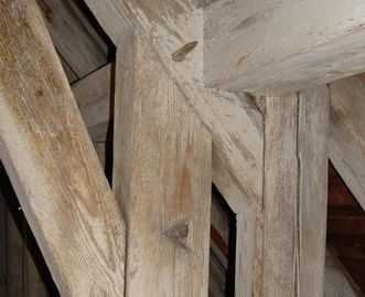 Cordage eyes in the roof truss beams at Kirchheim Palace
