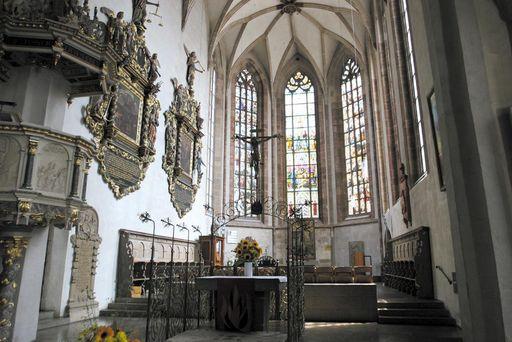 Innenraum der Martinskirche in Kirchheim unter Teck