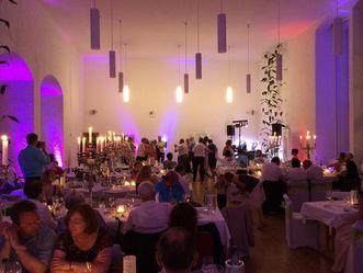 Hochzeitsfeier in der ehemaligen Schlosskapelle; Foto: Staatliche Schlösser und Gärten Baden-Württemberg, Janna Almeida